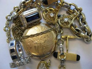 Pinnacle Jewelry Buyers purchases gold silver and platinum
